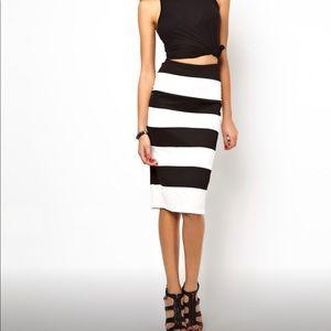 Dresses & Skirts - Stripe skirt high waisted